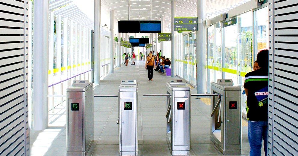 Para<br /> <strong>BRT</strong>